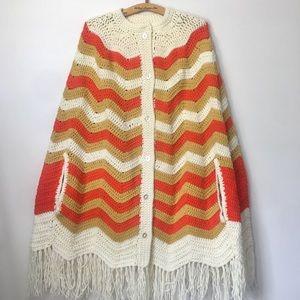 Vintage • unworn • EUC• hand crocheted • cape